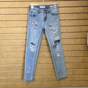 Bullhead denim skinny boyfriend jeans